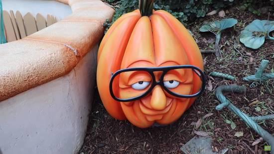 goggles pumpkin Toon Town - Disneyland