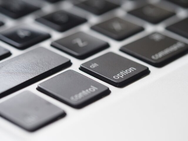 MAC Keyboard - Factscoops
